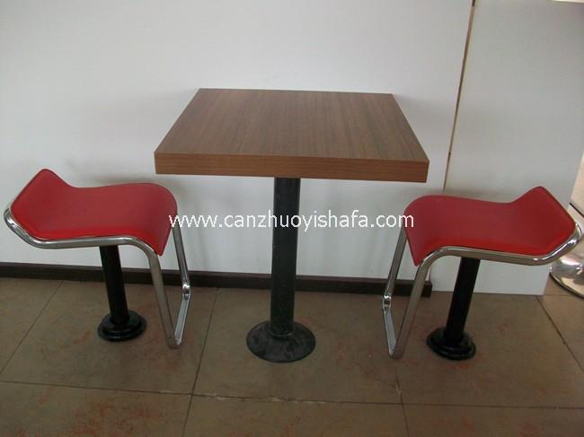 快餐桌椅-T02211