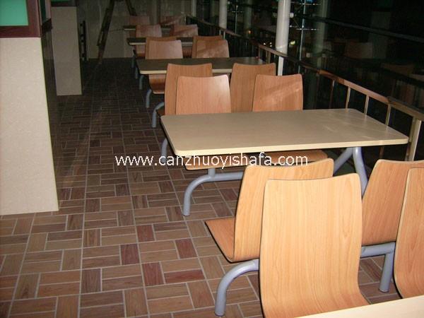 连体快餐桌椅-T0311
