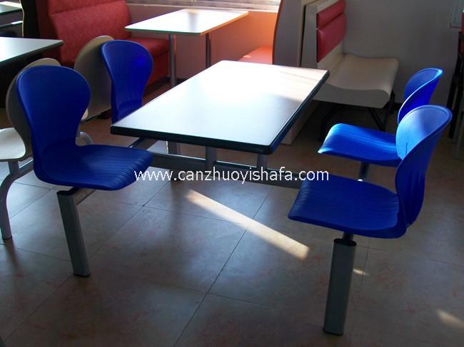 连体快餐桌椅-T0322