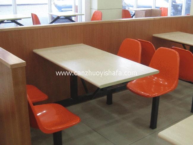 连体快餐桌椅-T0326