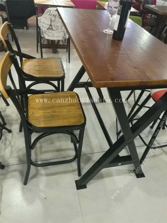 主题餐厅桌椅-T09247