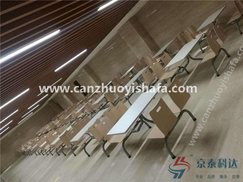 食堂连体桌椅